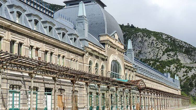 GARE CANFRANC 6