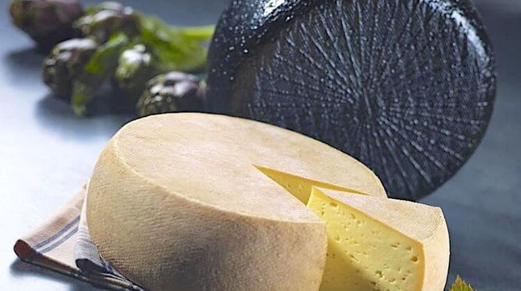 Tomme Pyrenees 0